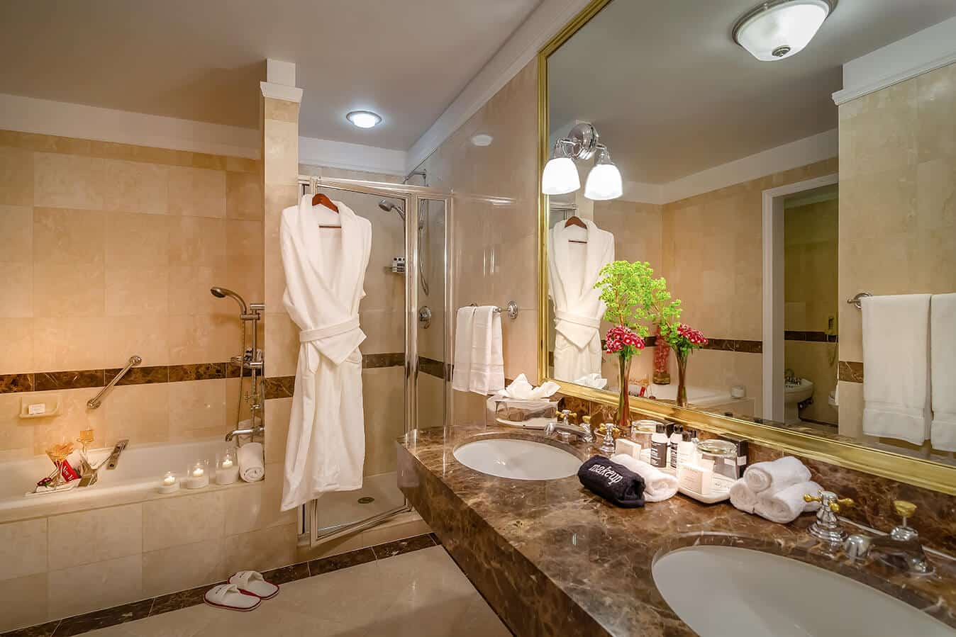 NYC Accommodations: Avalon Guest Room Bath