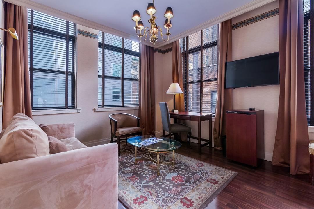 junior suite double double living area